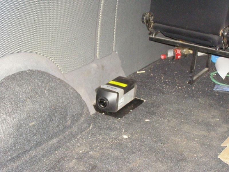 Автономный отопитель Webasto AirTop 2000 на VW Transporter T5